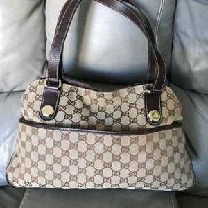 🌺 Gucci Shoulder Bag 🌺